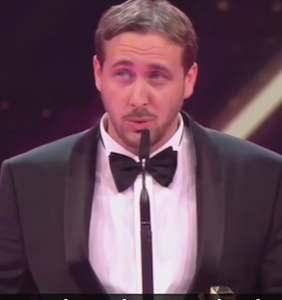 "Ryan Gosling lookalike accepts award for ""La La Land"" and ruins prestigious awards show"