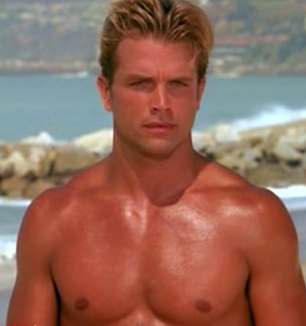 """How does Zac Efron stack up to the original """"Baywatch"""" hunks?"""