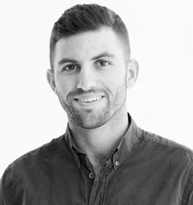 See how this super cute gay therapist is using Instagram to inspire people