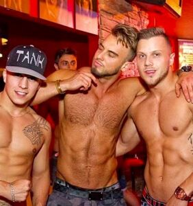 PHOTOS: Stocky guys in Montreal will make you salivate
