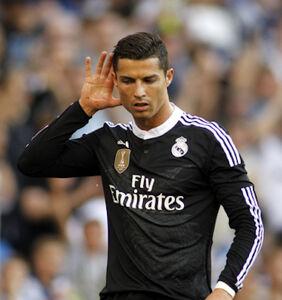 Will Instagram censor Cristiano Ronaldo's latest thirst traps?