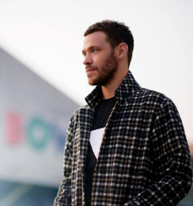 """Will Young has sent out so many private pics, he's surprised his manhood isn't """"famous"""""""