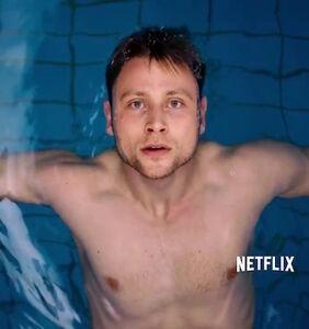 'Sense8' actor Max Riemelt talks sex scenes, kissing men on Pride floats