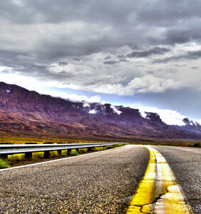 Man agrees to 1000+ mile road trip with Grindr hookup. What could possibly go wrong?