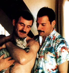 20-plus rare photos reveal a hidden side of Freddie Mercury that his fans never saw