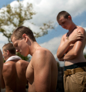 """Dayum: The first trailer for hyper-erotic gay drama """"Beach Rats"""" is here"""