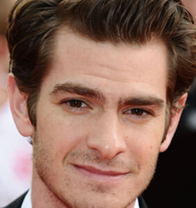"""Twitter lashes out at Andrew Garfield for claiming he's gay but """"without the physical act"""""""