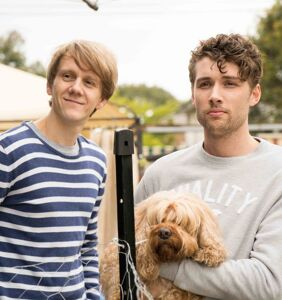 'Please Like Me' hits Hulu, putting the romance back in bromance