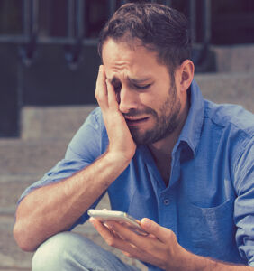 Surprise! Dating apps make men more shallow and depressed, study reveals