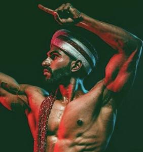 This smokin' hot Instagram account celebrates the super sexy men of India