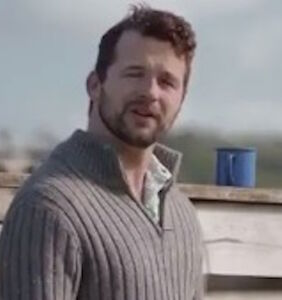 Viral ad destroys homophobia in 30 hilarious seconds