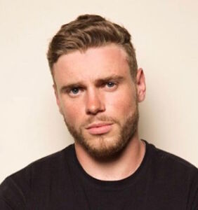 Gus Kenworthy's revealing Halloween costume would like to see you now