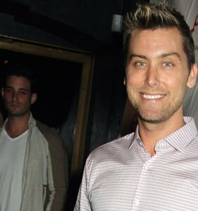 Lance Bass points out setback in Vegas recovery efforts