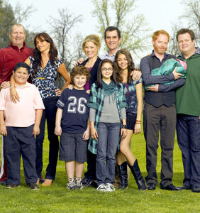 'Modern Family' star goes rogue, confirms fan theories that character is bisexual