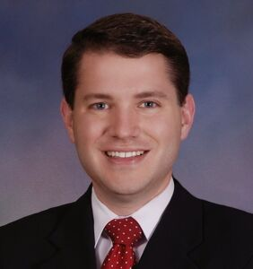 Antigay lawmaker caught having gay sex in his office scrubs internet of his existence