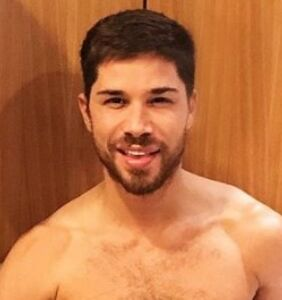 'Fire Island' star shares pizza pic but fans have a different topping in mind