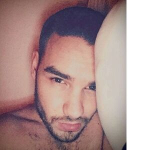 Liam Payne deleted this shower video, but that's what screenshots are for