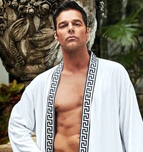 New 'ACS' photos prove Ricky Martin can really fill out a speedo