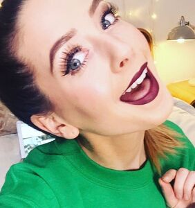 Homophobic tweets come back to haunt a massively popular YouTuber