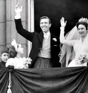 Controversial 'Crown' episode explores male Royal Family member's bisexuality