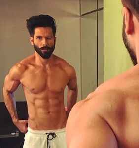 Shahid Kapoor voted sexiest Asian man of 2017. Eat that, Blake Shelton.