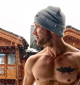 Ryan Phillippe at 43: The actor is a (seriously ripped) winter wonderland