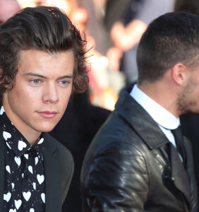 Harry Styles kissed a man and fans can't even