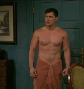 """Will and Paul have a very steamy, very shirtless reunion on """"Days Of Our Lives"""""""