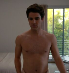 """Darren Criss shows off his very best assets in leaked """"American Crime Story"""" footage"""