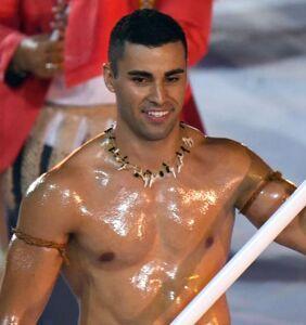 Pita Taufatofua (a.k.a. the Shirtless Tongan) is back at the Olympics and everyone's fainting