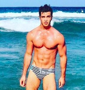 """Key West hotties give new meaning to the phrase """"life's a beach"""""""