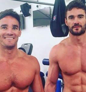 """Rugby star addresses explicit photos of him with his brother: """"We are very close"""""""