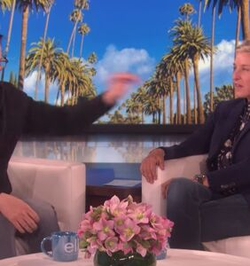 Ellen's interview with Sean Hayes turned into a shade battle royale & only one was left standing