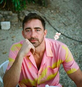 """Do-Over: Lee Pace comes out (again), says he """"happily owns"""" his sexuality"""