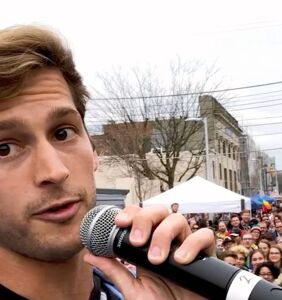 Max Emerson asks Mike Pence: 'Who hurt you, honey?' (Spoiler: Daddy issues)