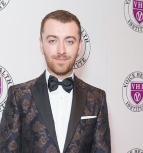 Everyone thinks this is a photo of Sam Smith having sex