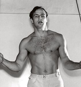 """""""He slayed me good"""": Marlon Brando's former flame spills all the tea on his mad lovemaking abilities"""