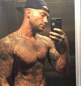 Reality star Calum Best leaves little to the imagination while riding up