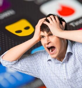 """10 annoying Grindr types that make us go """"Huh?"""" and """"WTF!"""""""