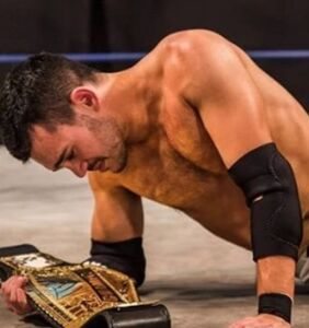 PHOTOS: This dreamy Israeli pro wrestling champ just came out as gay
