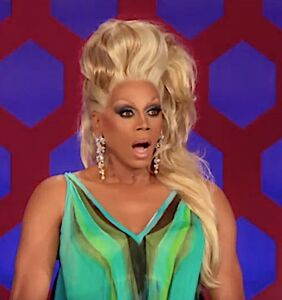"""Azealia Banks goes OFF on RuPaul in a series of tweets: """"F*ck him"""""""