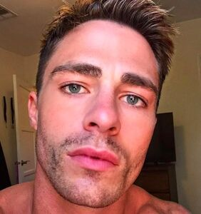 Colton Haynes just shared a sizzling, red hot bathroom selfie and we're totally parched
