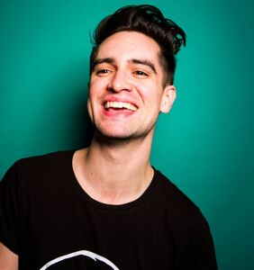 """Panic At The Disco frontman Brendon Urie just came out, says """"I'm definitely attracted to men"""""""