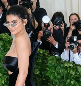 """HIV-positive man's response to """"self-made"""" billionaire Kylie Jenner goes viral"""