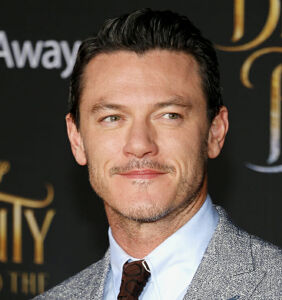"Actor Luke Evans slams critics accusing him of hiding sexuality: ""I've never been ashamed"""