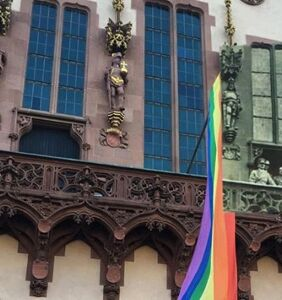 This viral photo tells a story of LGBTQ liberation in one jaw-dropping image