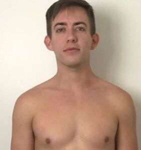 """See """"Glee"""" star Kevin McHale's insane before/after fitness transformation"""