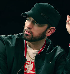 "Eminem apologizes for using homophobic slur in the year 2018, says ""I was angry"""