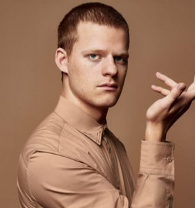 "Lucas Hedges comes out as ""not totally straight, but also not gay, and not necessarily bisexual"""