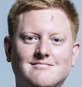 Homophobic politician announces resignation after sending creepy texts professing his love to staffer